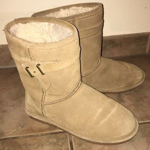 BearPaw boots size 9